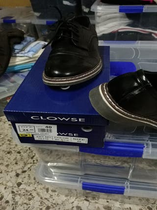 zapatos usados una vez.