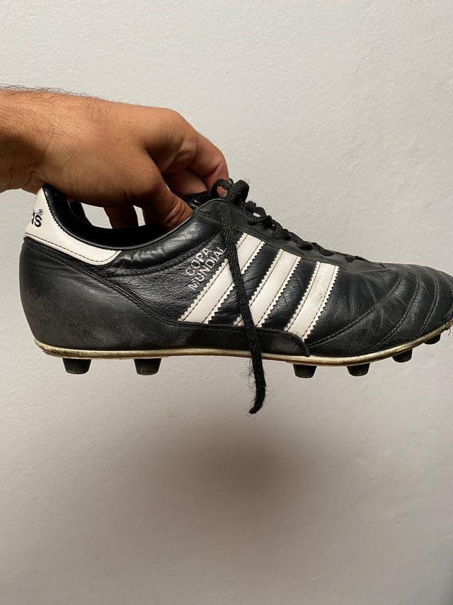 Botas de fútbol talla 43 / 43,5