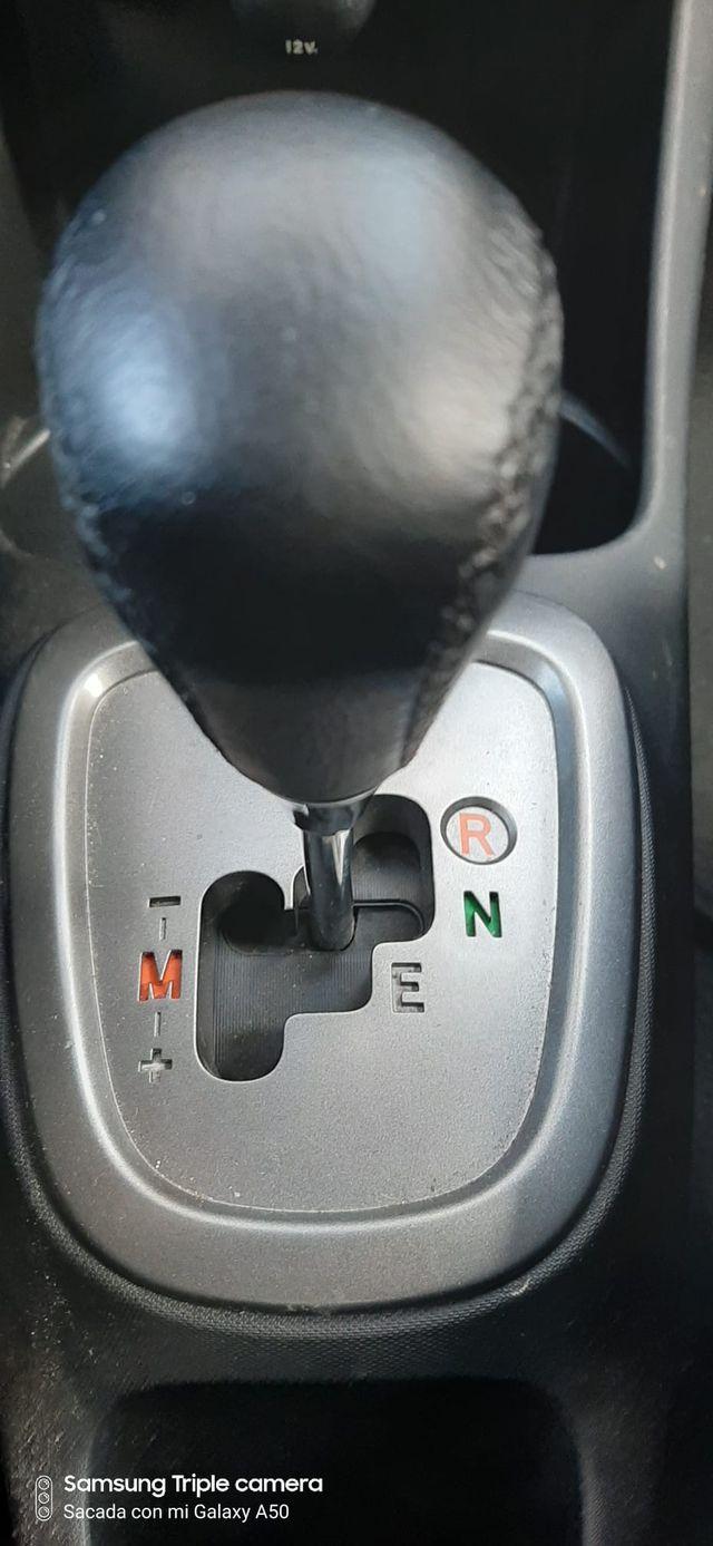 Toyota Aygo 2012 Automático