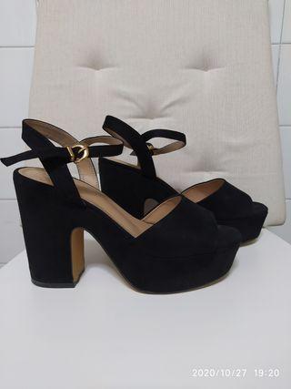 Zapatos de tacón Talla 39 Sissei negros de ante