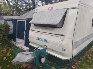 Se vende o cambia caravana ADRIA 542 PK