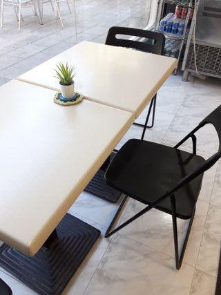 Mesas y sillas para cafeteria