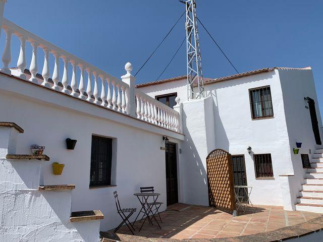 APARTAMENTO EN UNA FINCA-VELEZ MALAGA (Vélez-Málaga, Málaga)