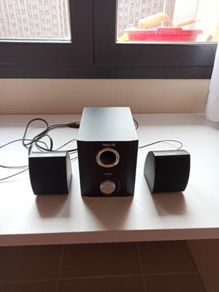 altavoces 2.1 NGS para pc