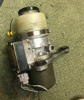 Bomba dirección Toyota Mr2 w30 spyder