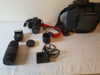 camara de fotos reflex Canon EOS 1100D. equipo com