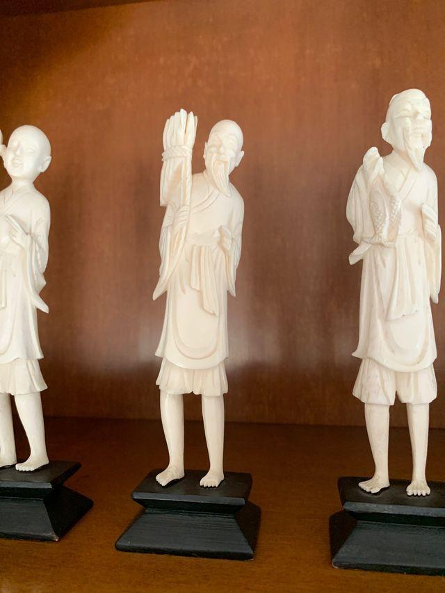 Estátuas chinas/ japonesas marfil