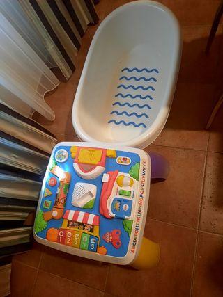 mesa juegos , bañera y pato