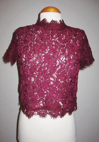 Blusa encaje burdeos Zara talla S