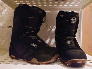Casco y botas Snow Snow
