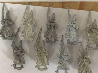 Sombríos elfos Warhammer