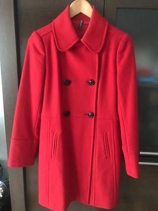 Abrigo NAF NAF TALLA 38 color rojo