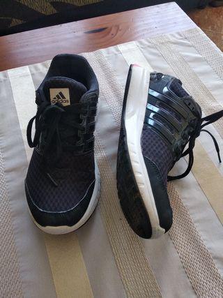 Zapatillas ADIDAS t.39