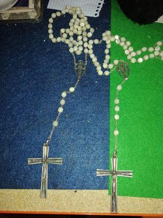 dos rosarios de plata