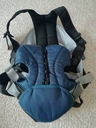 mochila bebé confor