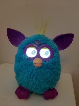 Furby celeste Hasbro 2012
