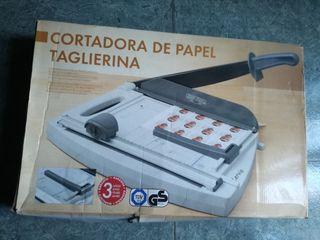cortadora de papel nueva sin usar