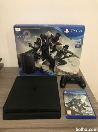 PS4 Slim 1TB - IMPOLUTA