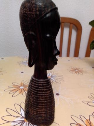 figura de madera Black Friday 50%