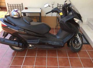 scooter vendo, Suzuki 200.