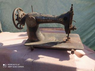 Vendo máquina de coser singer para restaurar