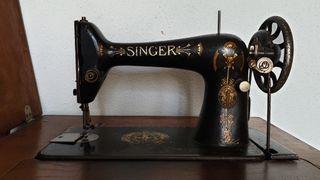 Máquina de coser SINGER con mueble original