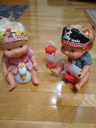 muñecos Mila y Malo