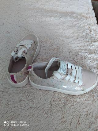 Zapatillas ZARA 26
