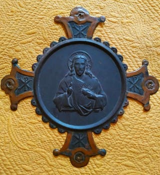 Antigua placa de metal Sagrado Corazón de Cristo