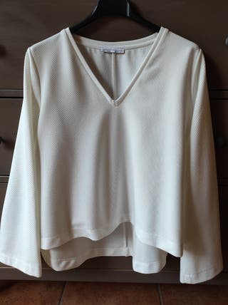 Camiseta blanca Zara (Talla S).
