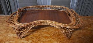 Original bandeja de cama, de mimbre.