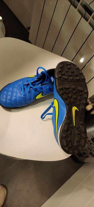 botas futbol niño Nike talla 38