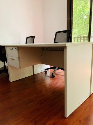 Mesas de oficina (12 unidades)