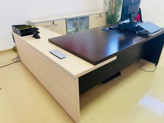 Conjunto oficina mesa dirección