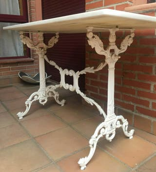 Soporte mesa clásico hierro