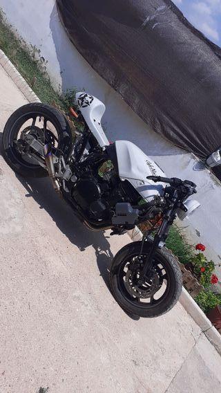 Kawasaki gpx 750cc