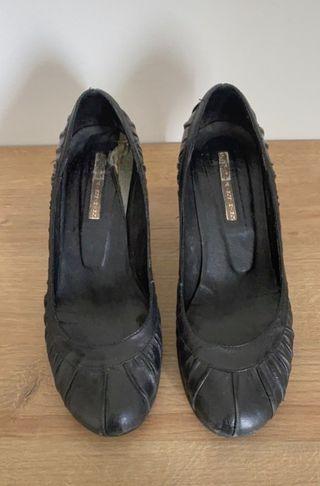 Zapatos de tacón negros Buffalo