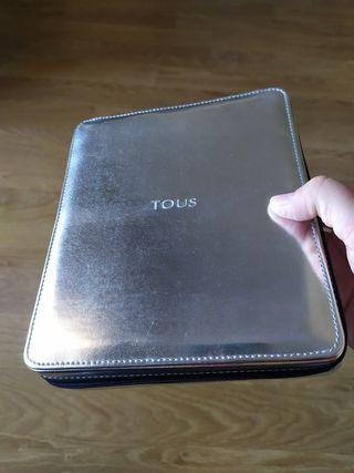 Cajas y sobre para joyas de Tous