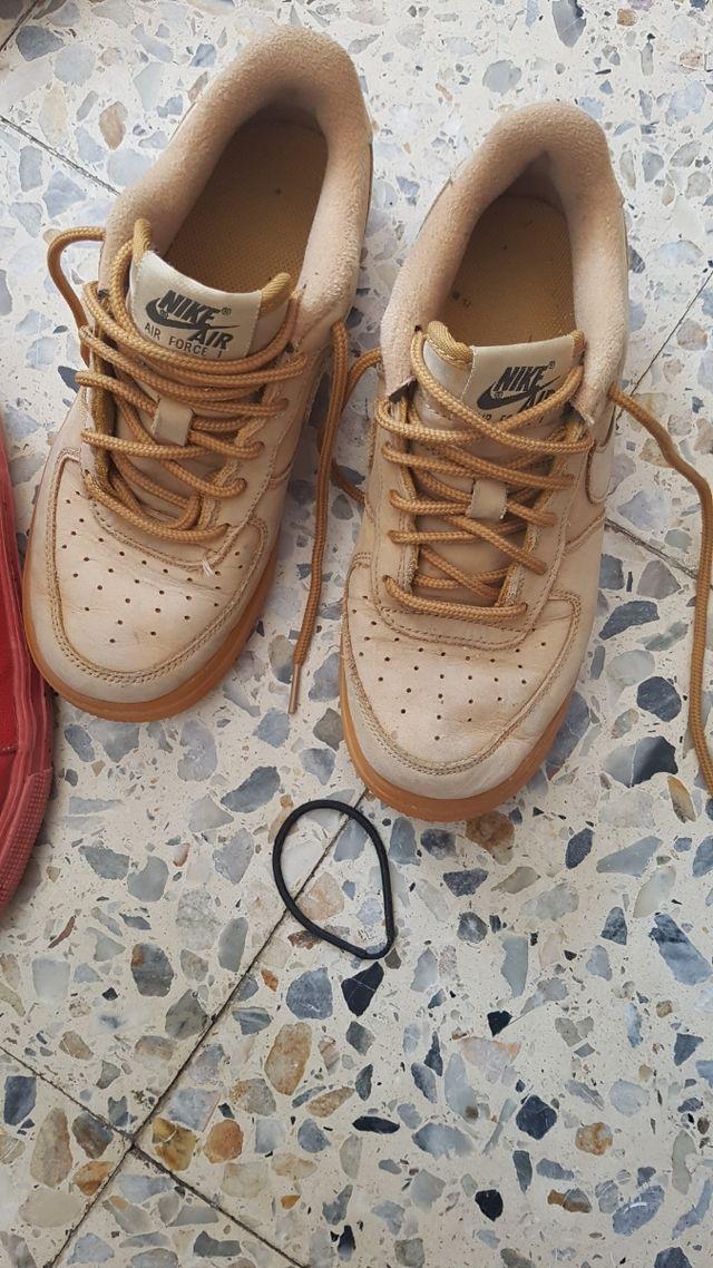 lote de zapatillas diferentes marcas nike zara