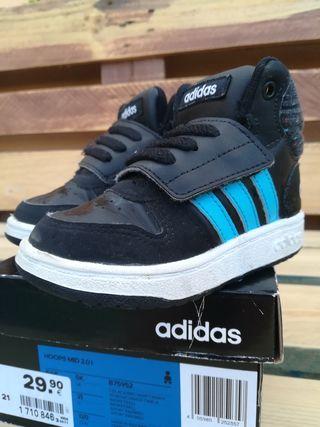 zapatillas adidas bota número 21