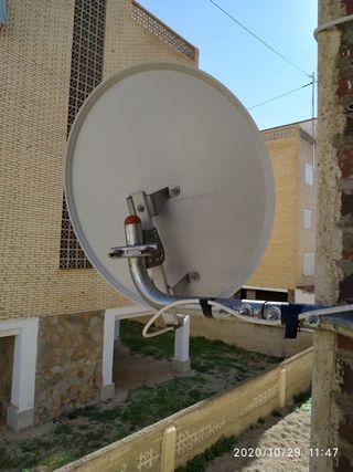 Antena parabólica con lnb monoblock