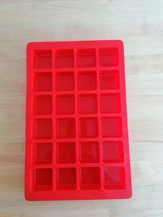 Lékué, molde silicona para bombones