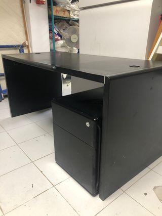 Conjunto de mesas de oficina