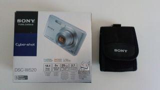 Cámara De Fotos Sony Nueva