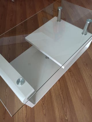 Mesa salón de cristal lacada