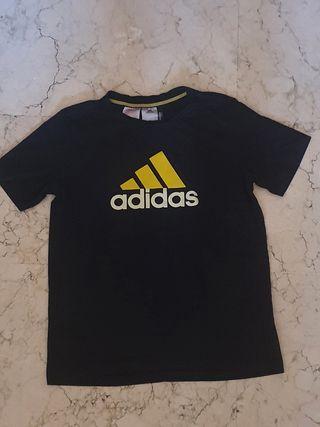 Camiseta Adidas infantil Talla 11-12 años