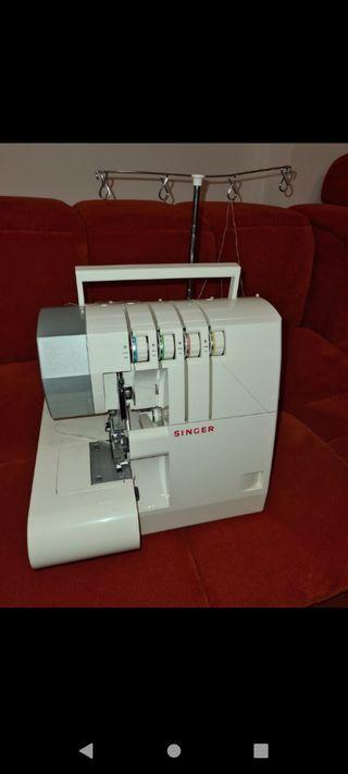 Maquina de coser SINGER 14SH754