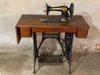 Máquina de coser antigua Singer completa