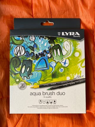 Aqua brush duo