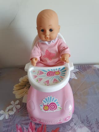 coche con muñeca